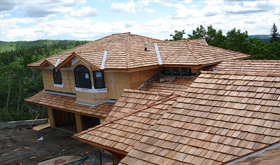 Cedar_shake_shingle_roofing